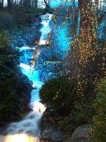 Vattenfall från berget
